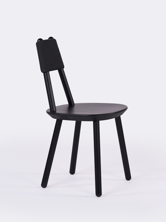 Black_naive_chair_profile_view_Etc_Etc