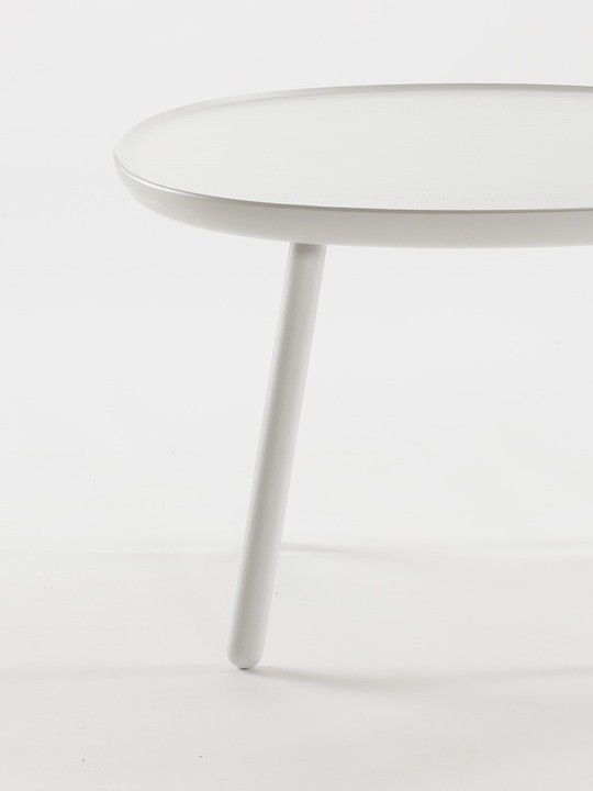 Nsq640white_Emko_table_basse_frene_designenvue